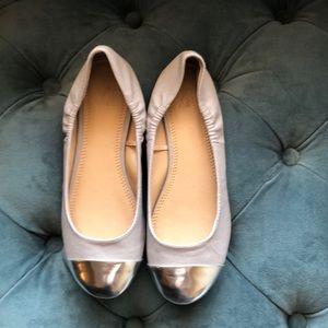 Like New NY&Co Gray Silver Metallic Ballet Flats